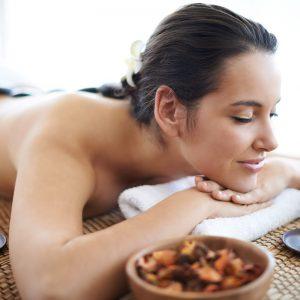 Rehabilitacja domowa masaże